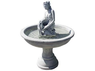 Fontana F22 Djevojka sa školjkom